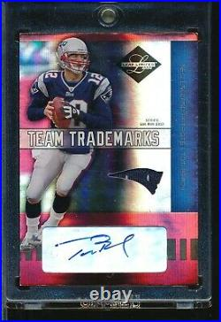 2004 Leaf Limited Team Trademarks Tom Brady Game UseD Jersey Auto Autograph #/25