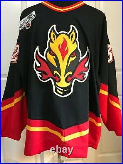 CALE HULSE Game Used/Worn Jersey (1998 GameONe Japan Patch) Calgary Flames