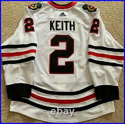 Duncan Keith 2019-20 Chicago Blackhawks Game Worn Used Jersey -LOA Photo Matched