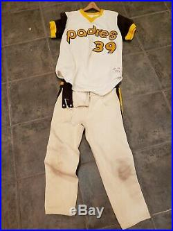 Ezell San Diego Padres Game Used Jersey And Pants Full Uniform 70s