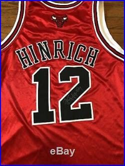 Kirk Hinrich game used worn jersey Autod Chicago Bulls Reebok