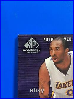 Kobe Bryant 2004 sp game used AUTHENTIC 3 COLOR JERSEY PATCH AUTO AUTOGRAPH /50